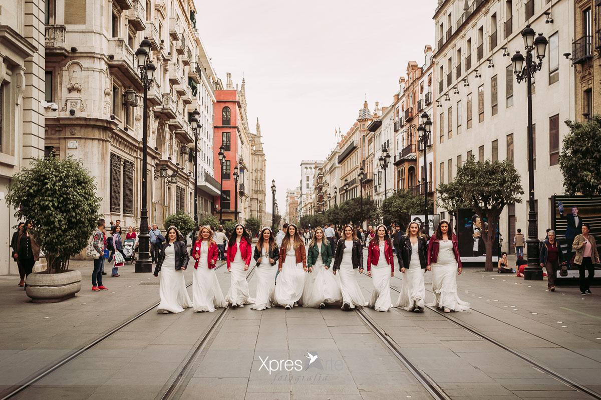 novias por el centro de sevilla