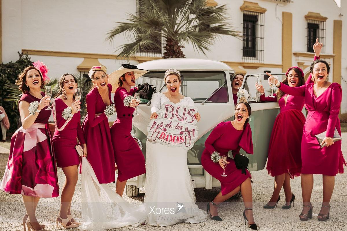 Damas de honor furgoneta vintage bodas